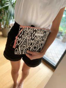 XL Shopper grafisches Muster mir Rosé 4